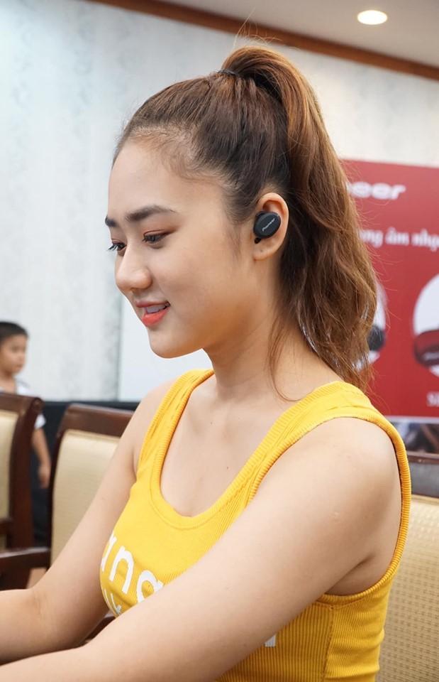 Tai Nghe Nhét Tai True Wireless Thể Thao Pioneer SE-E8 - Hàng Chính Hãng