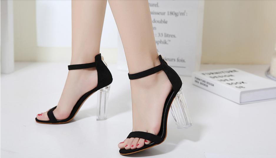 Giày Cao Gót Nữ Màu Đen Da Nhung Mịn Cao Cấp Gót Trong Suốt Tôn Dáng Đẹp CTCGQ8010 4
