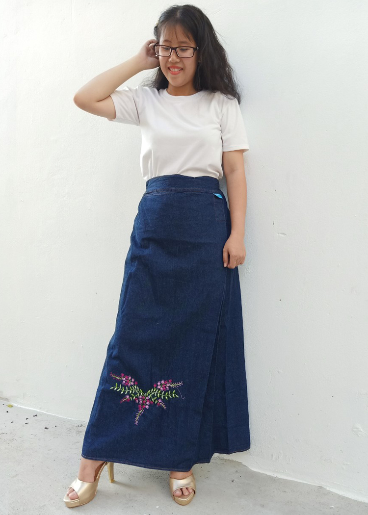 Váy chống nắng Jean mềm cho nữ Thêu Hoa Tigôn