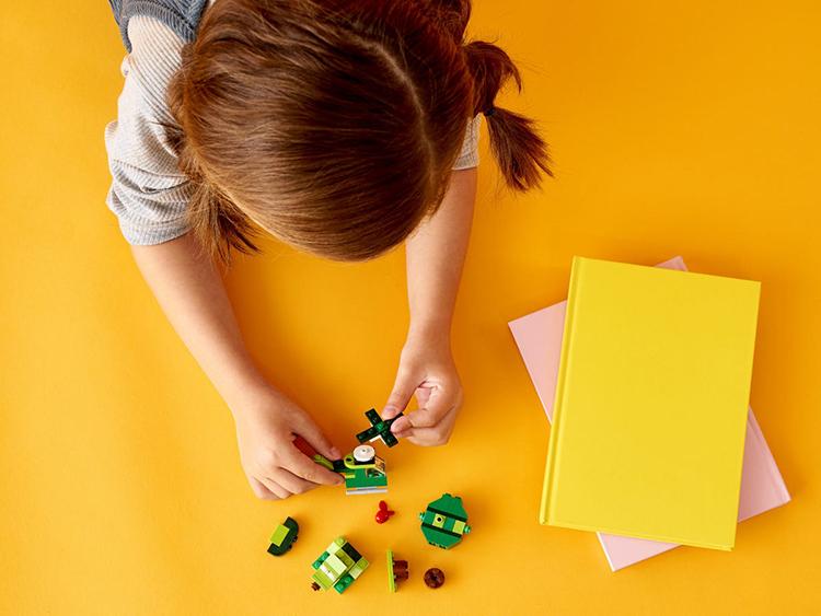 Đồ Chơi Lắp Ghép LEGO Classic Hộp Lắp Ráp Sáng Tạo Xanh Lá 11007
