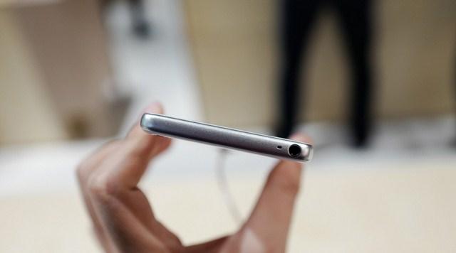 Điện Thoại Sony Xperia XA F3116 - Hàng Chính Hãng