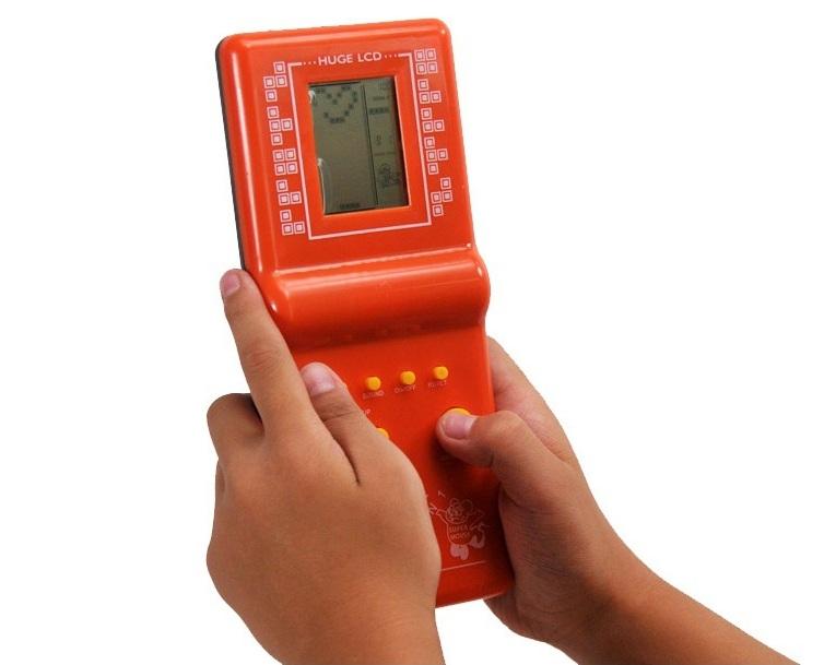 Máy chơi game huyền thoại 2