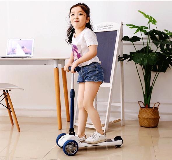 Xe Trượt Scooter Điện Cao Cấp (Giao Hàng Theo Mẫu Ngẫu Nhiên) 2