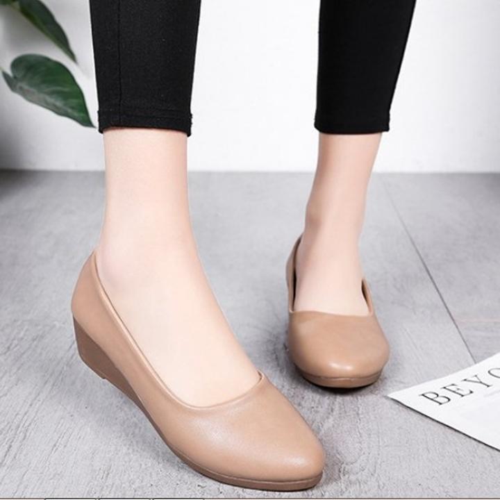 Giày nữ bít mũi đế xuồng cao 3cm kiểu trơn da lì siêu nhẹ siêu mềm C26n có ảnh thật 7