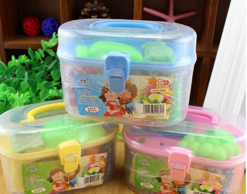 Hộp đồ chơi đất sét 12 màu có khuôn cho bé 1