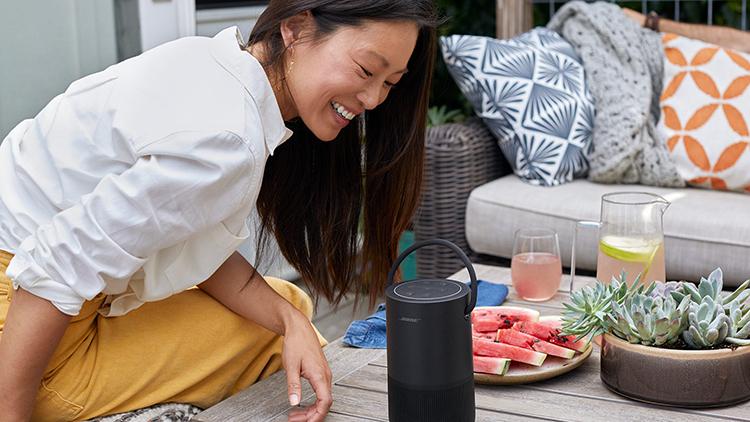 Loa Bluetooth Thông Minh Bose Portable Home Speaker - Hàng Chính Hãng