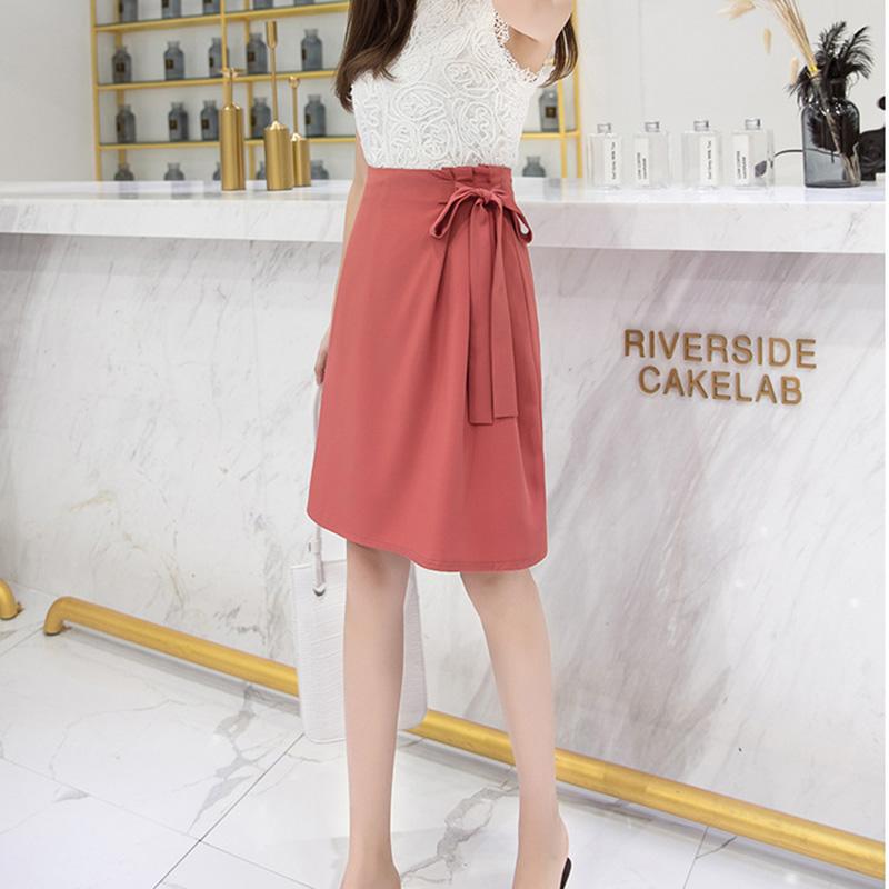Chân váy công sở đẹp Louro L702, dáng thiên chữ A, mẫu chân váy cách điệu xếp ly buộc nơ eo, cạp cao tôn dáng che bụng hiệu quả 5