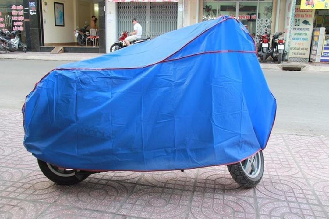 Bạt phủ xe máy chống nắng mưa loại tốt=63.000đ