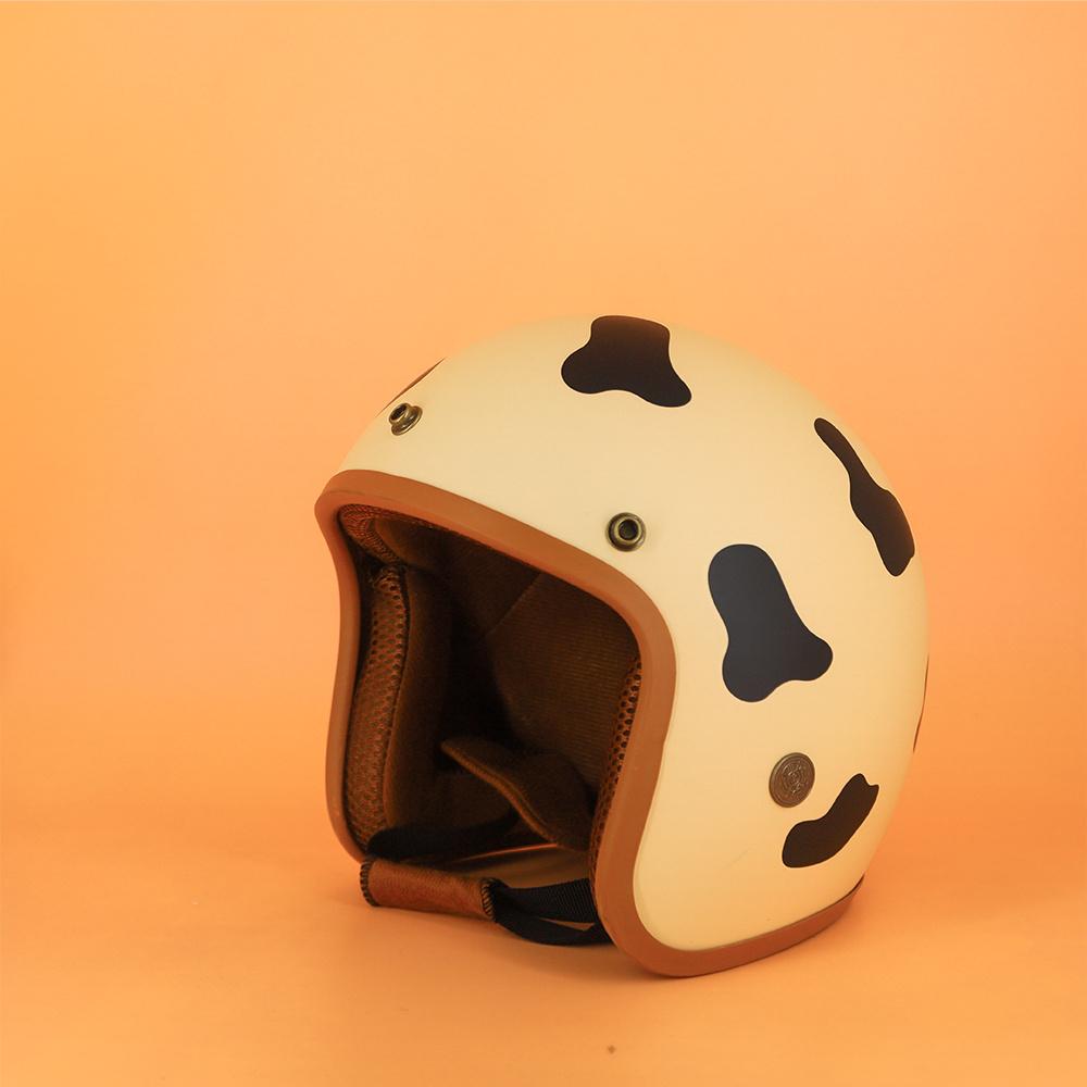 Mũ Bảo Hiểm 3 4 Đầu SRT Tem Bò Sữa Đáng Yêu Lót Nâu Cao Cấp - Tặng Nón Lưỡi Trai 2
