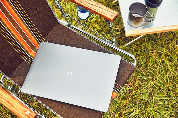 Laptop LG Gram 2020 14ZD90N-V.AX53A5 (Core i5-1035G7/ 8GB/ 256GB NVMe/ 14 FHD IPS/ NonOS/ White) - Hàng Chính Hãng