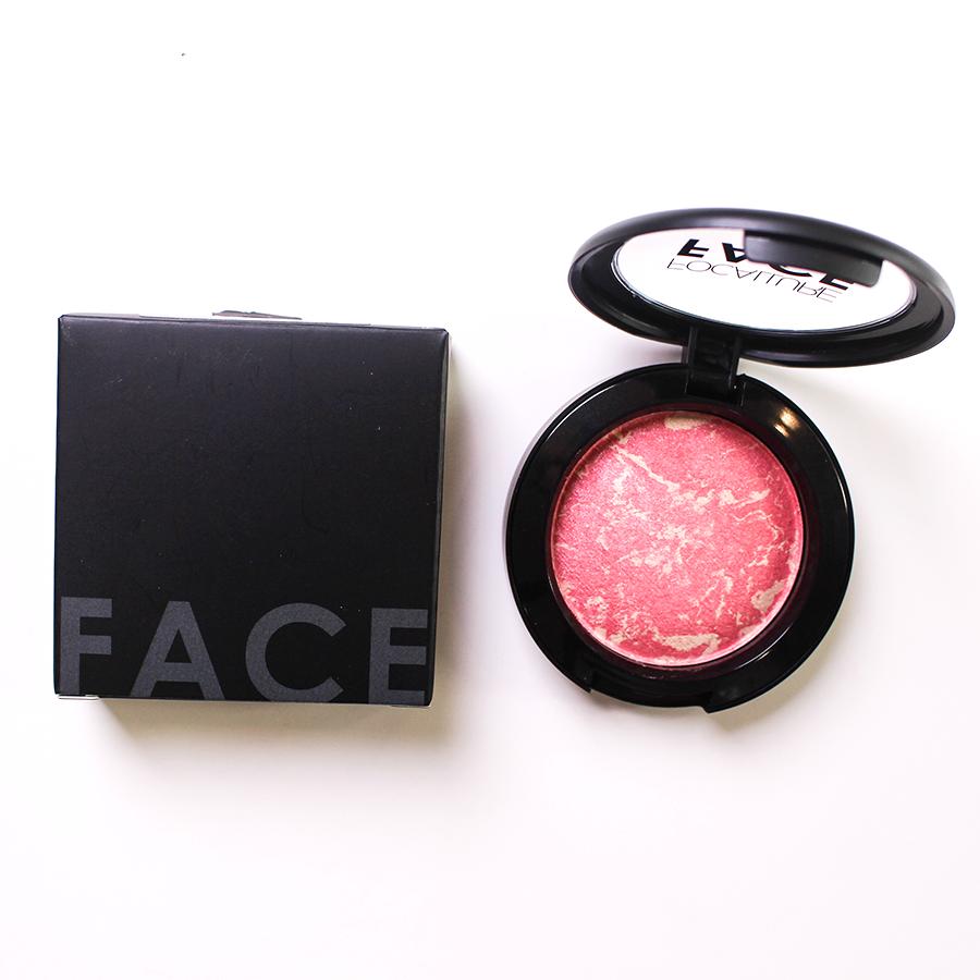 Phấn má hồng Focallure có nhũ nhẹ 2