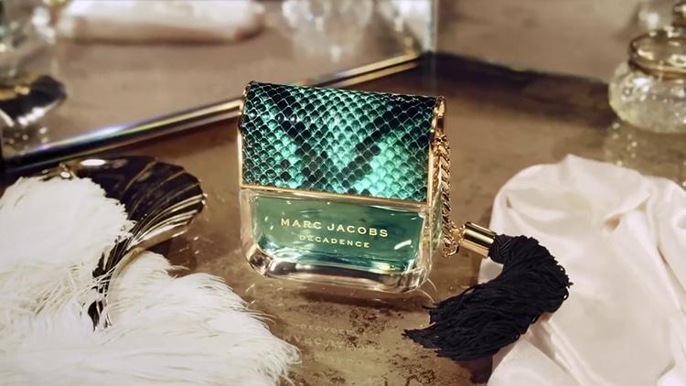 Nước Hoa Nữ Marc Jacobs Divine Decadence - Eau De Parfum | Tiki.vn