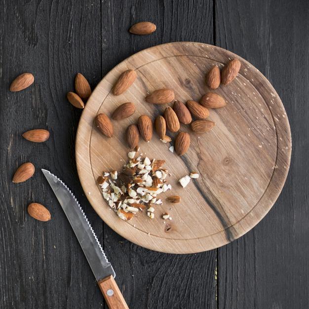 Ăn hạt Hạnh nhân mỗi ngày tốt cho sức khỏe tim mạch