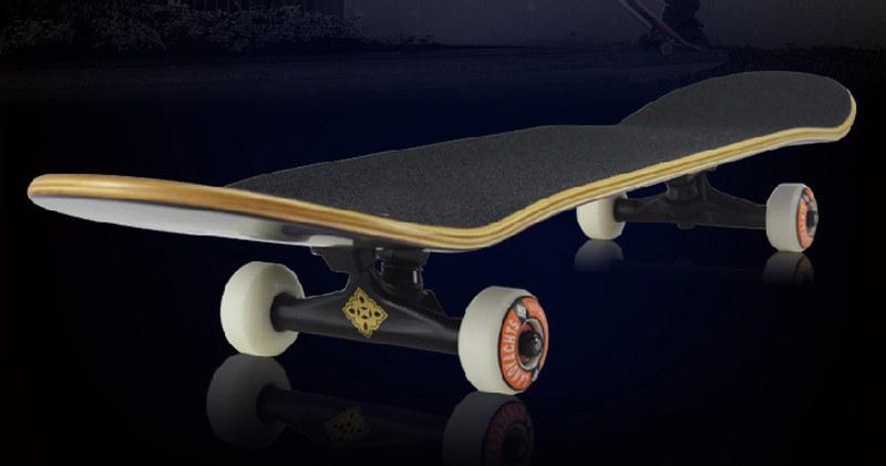 Ván trượt chuyên nghiệp SkateBoard (Phi thuyền mặt đất Landyard) 2