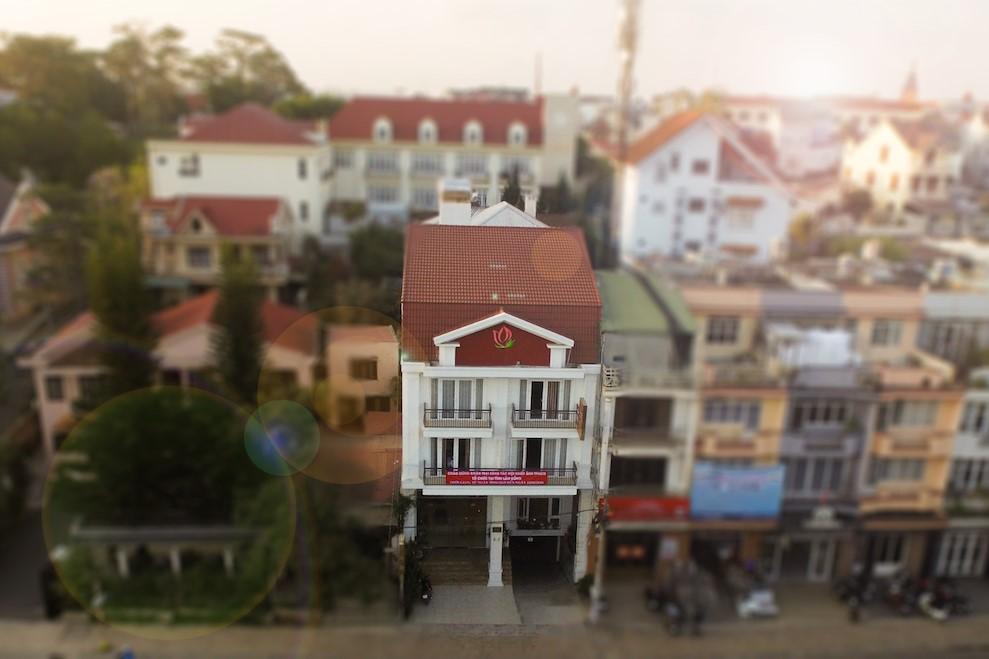 Liên Hương Hotel 2* Đà Lạt - Gần Hồ Xuân Hương, Giá Tốt