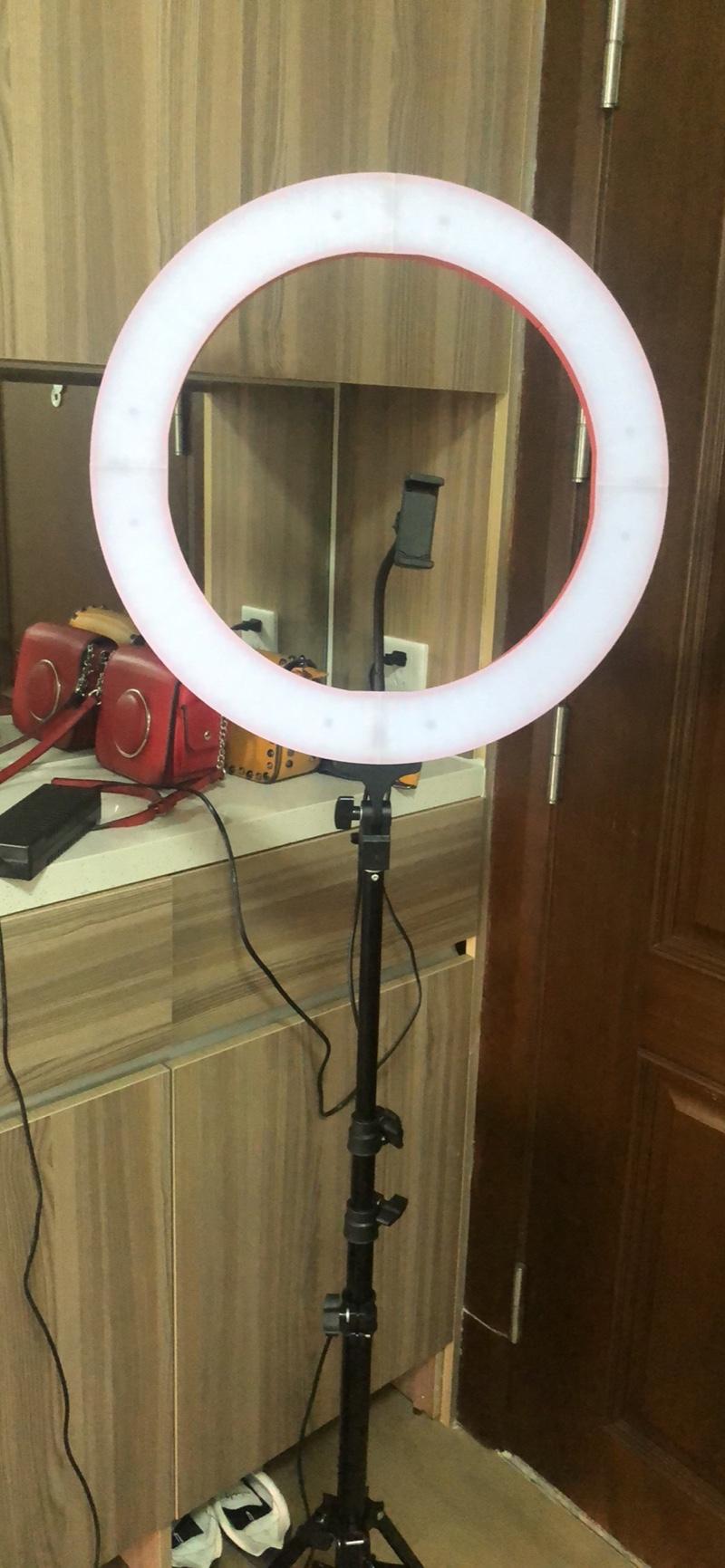 Bộ Giá Đỡ Điện Thoại Livestream Có Đèn Led LB -26cm -Điều chỉnh 3 chế độ  màu ánh sáng - Giá đỡ - Chân đế thường Thương hiệu OEM
