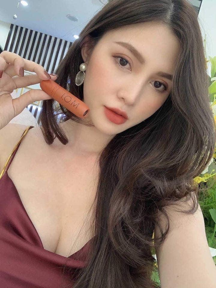 Son môi M.O.I kem lì Sgirls by Hương Giang Hồ Ngọc Hà (chính hãng) 2