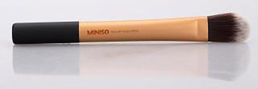 Bộ cọ trang điểm 3 cây thiết kế Nhật Bản cao cấp (cọ đánh phấn phủ và phấn má, cọ tán kem nền, cọ tán mắt) kèm túi đựng MINISO BRUSHES SET WITH COSMETIC BAG -MNS069 4