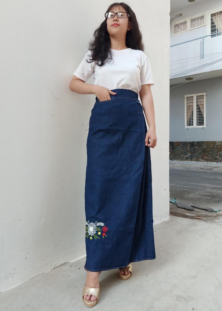 Váy chống nắng Jean Nữ Cao cấp thêu Hình Bông Cúc Trắng