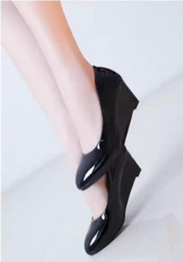 Giày nữ bít mũi đế xuồng cao 5cm kiểu trơn da bóng mềm nhẹ C14n có ảnh thật 9