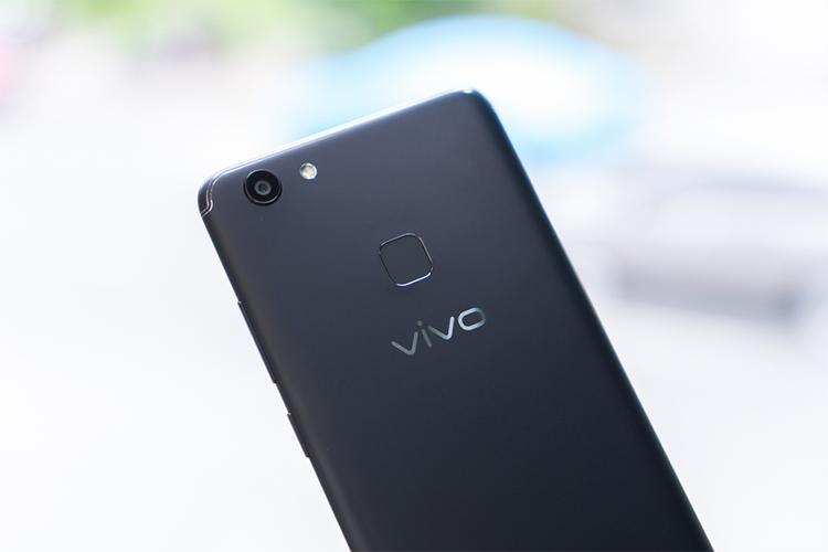 Điện Thoại Vivo V7 Plus - Hàng Chính Hãng