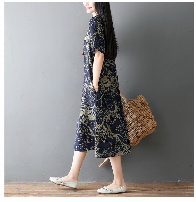 Đầm suông trung niên họa tiết LAHstore, chất thô mềm mát thích hợp mùa hè, phong cách Hàn Quốc (Xanh than họa tiết vàng) 2