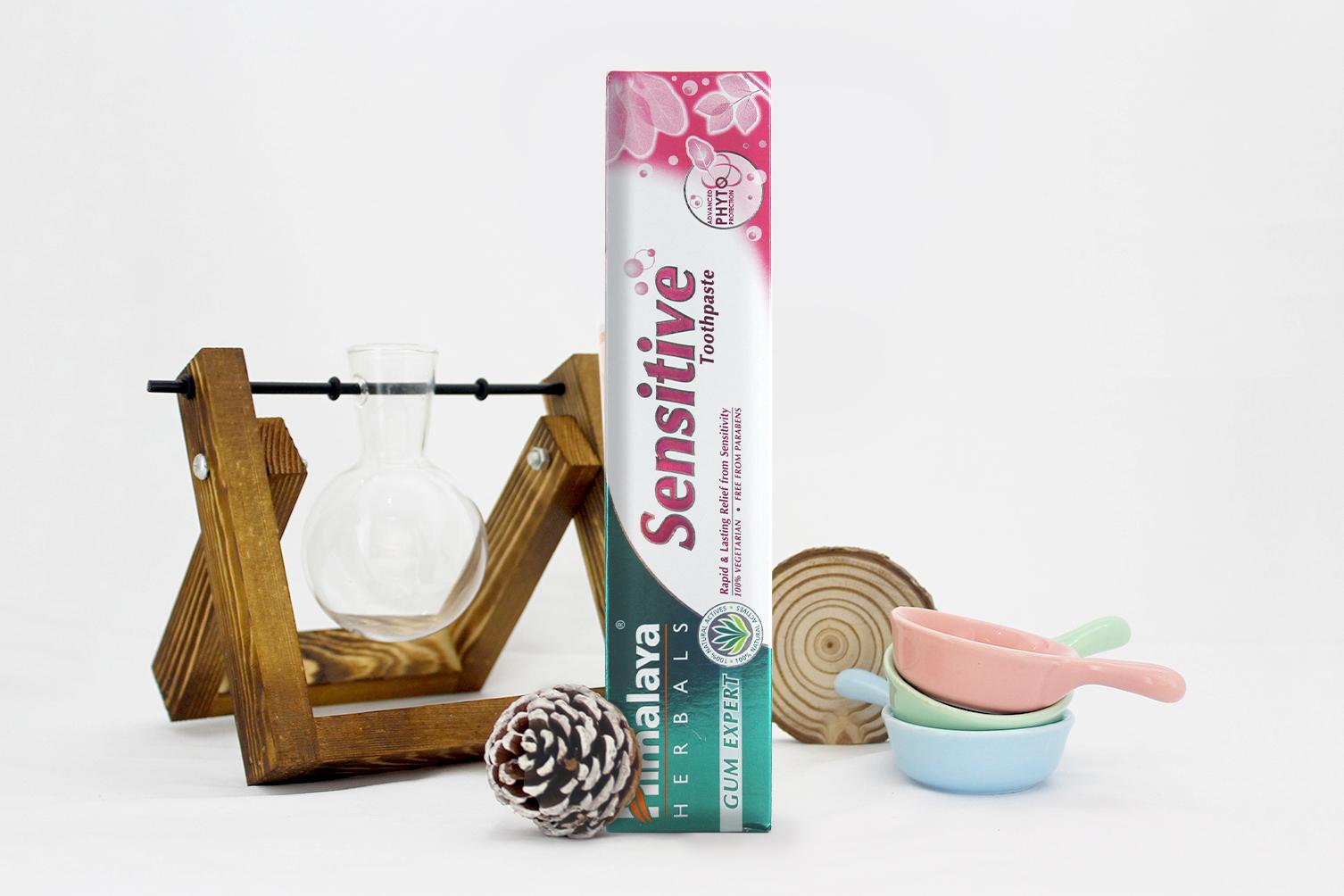 Kem đánh răng giảm ê buốt cho răng nhạy cảm Himalaya Sensitive Toothpaste  100g | Tiki.vn