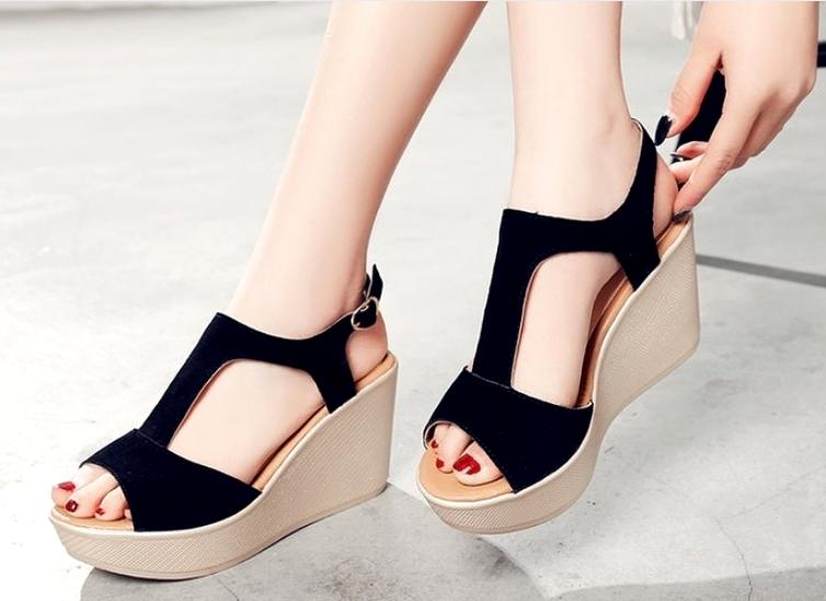 Giày Sandals nữ đế xuồng cao 7cm quai chữ T da lộn siêu nhẹ C33 2