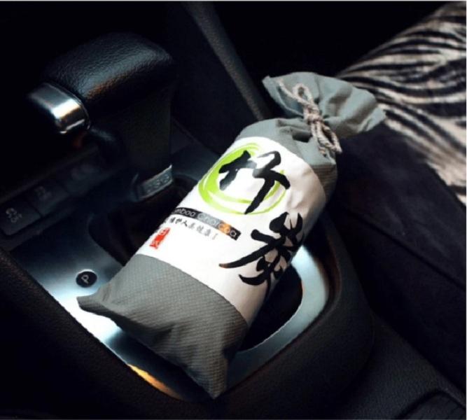 Túi Than Tre hoạt tính khử mùi, lọc không khí xe hơi, xe ôtô (màu sắc ngẫu nhiên) 1