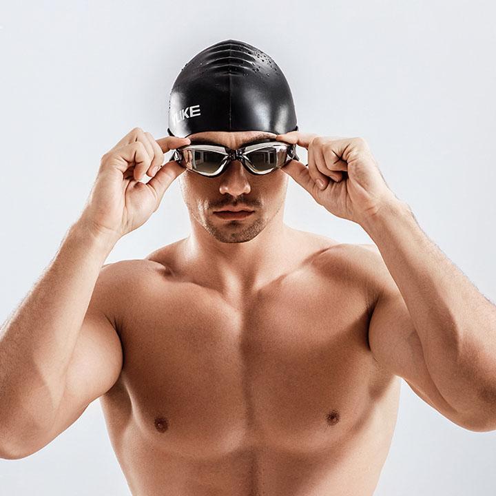 Kính bơi kèm nút bịt tai 11