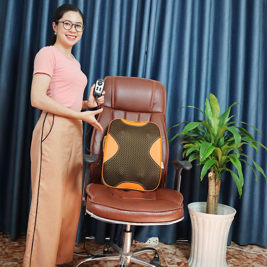 Máy massage lưng puli