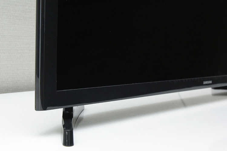 Tivi LED Samsung 32 inch UA32J4003DK