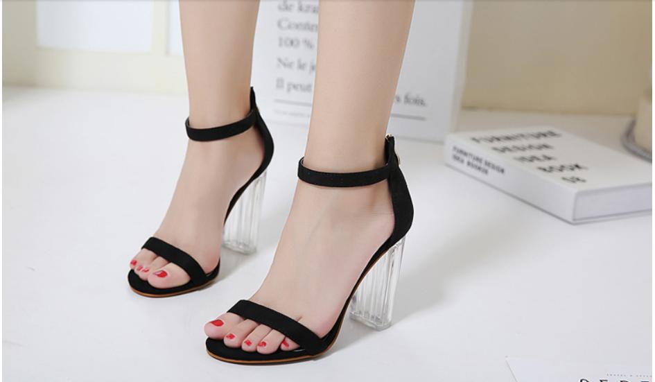 Giày Cao Gót Nữ Màu Đen Da Nhung Mịn Cao Cấp Gót Trong Suốt Tôn Dáng Đẹp CTCGQ8010 2